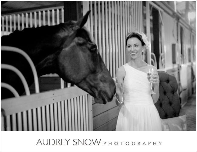 audreysnow-photography-naples-barn-wedding_1909.jpg