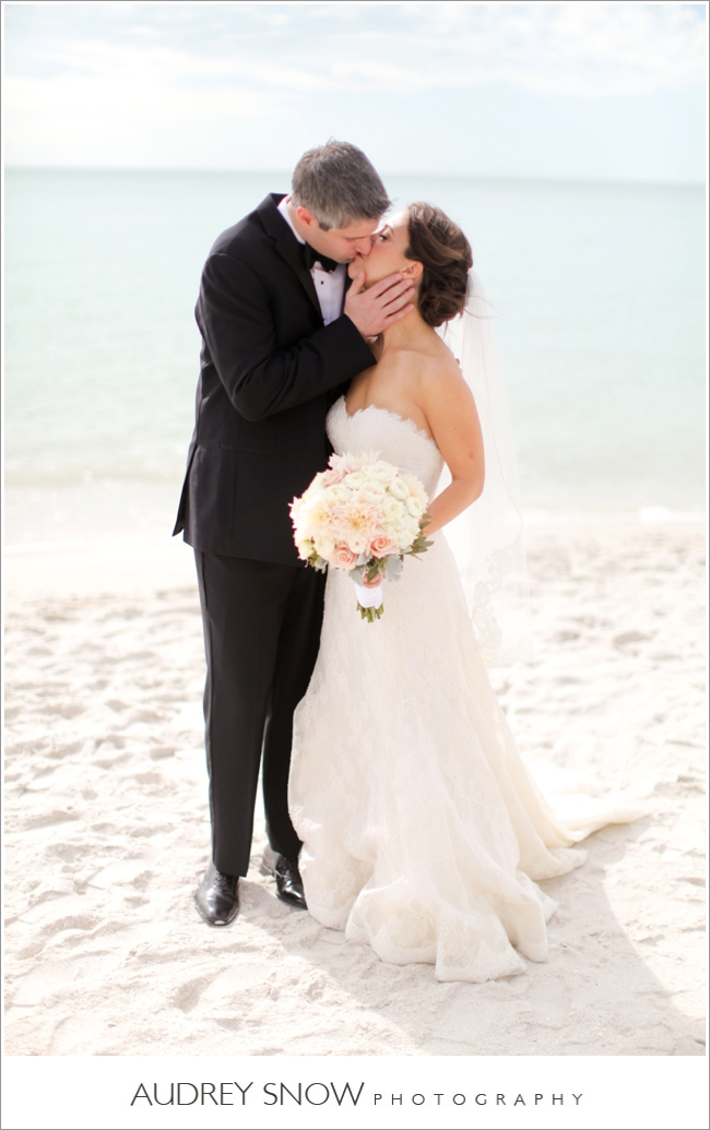 audreysnow-photography-laplaya-naples-wedding_3187.jpg