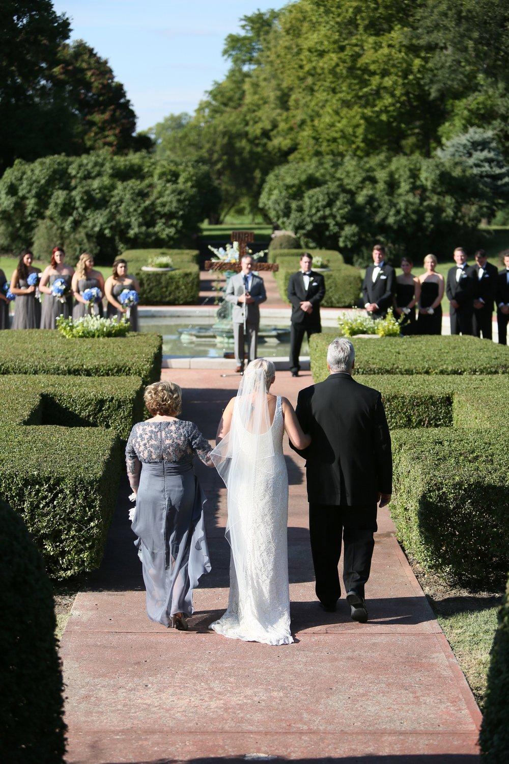audreysnow-photography-kansas-city-wedding-photographer-longview-mansion_4036.jpg