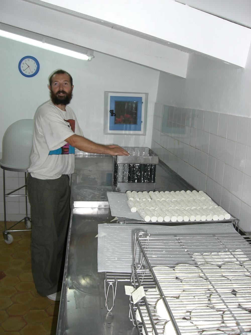 Mr Masto and freshly made Buchettes on the draining rack