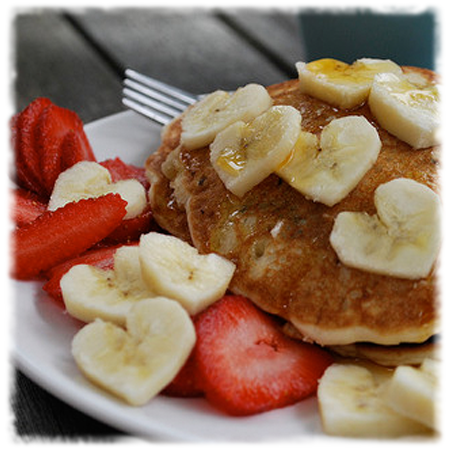 Banana Pancakes with Berries