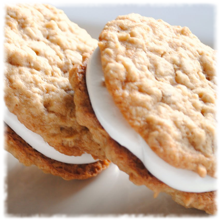 Homemade Debbie Oatmeal Cream Pies