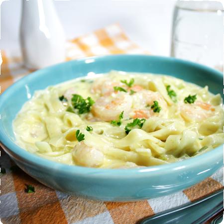 Creamy Shrimp & Noodle Skillet