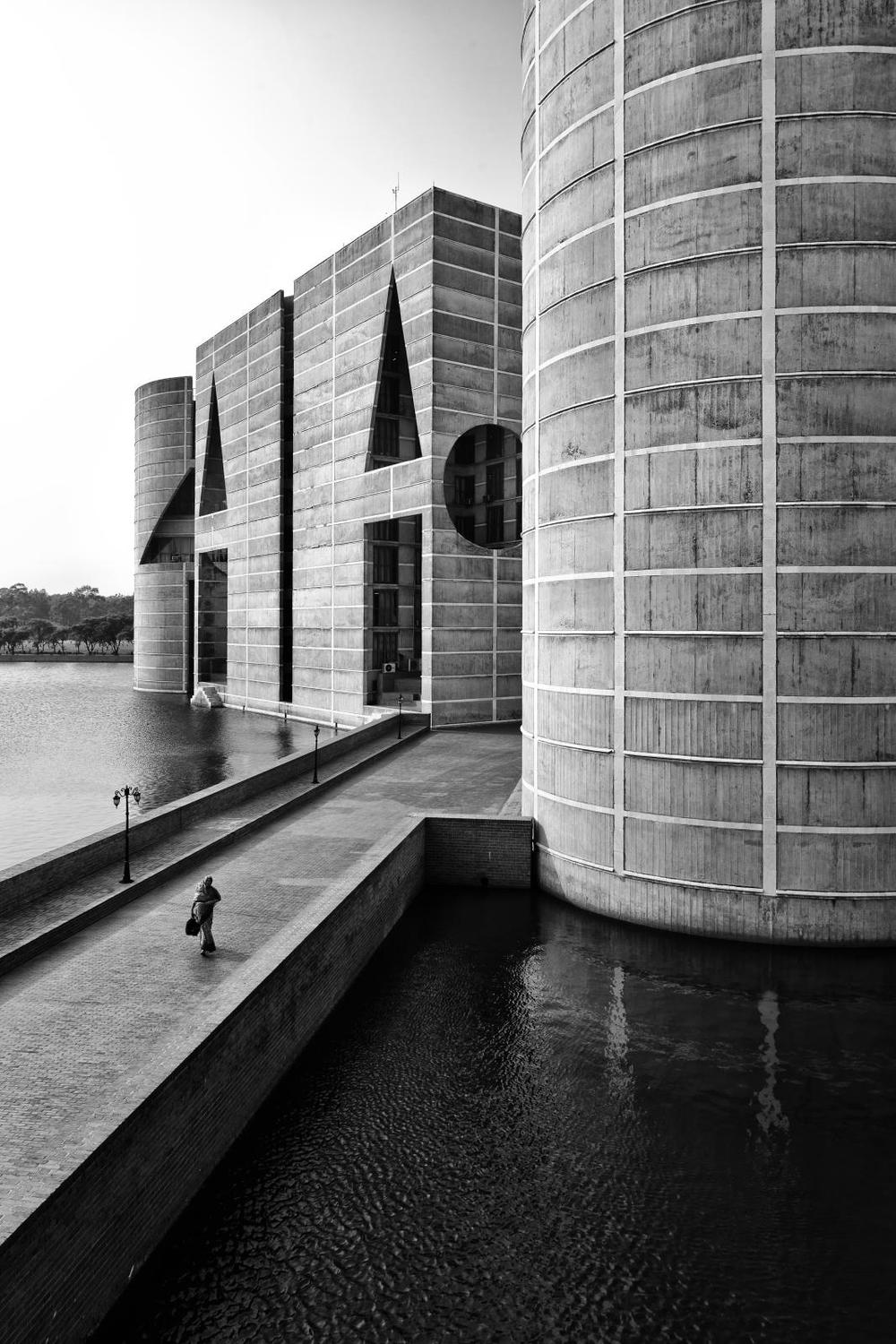 Louis I. Kahn, National Assembly Building of Bangladesh
