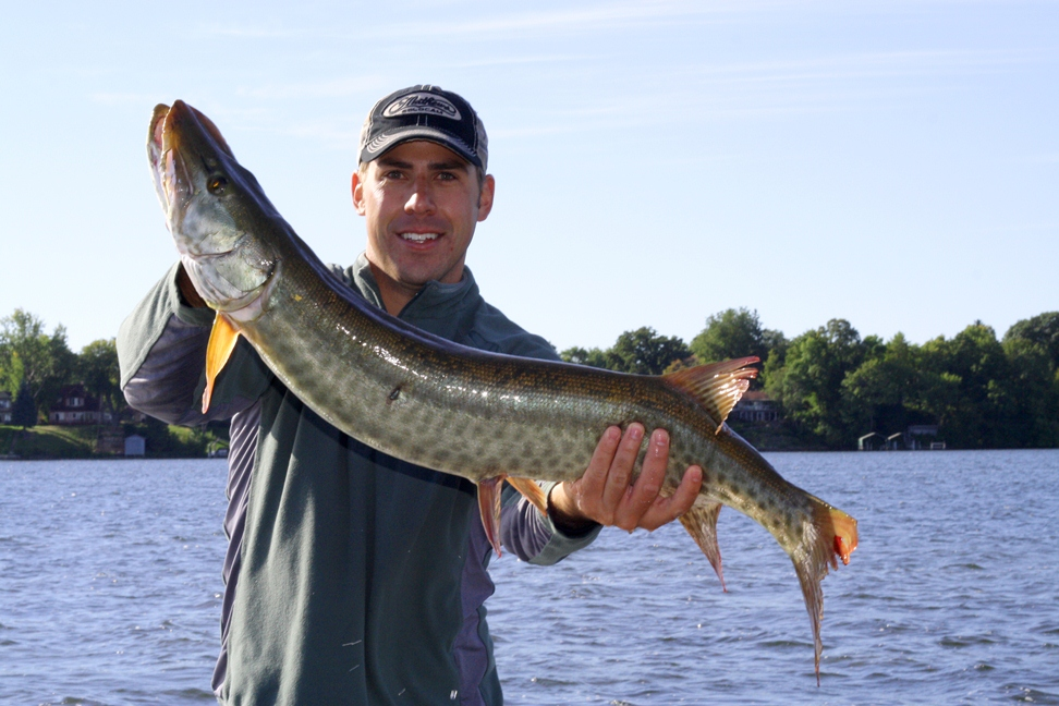 Trophy encounters guide service muskie for Lake minnetonka fish