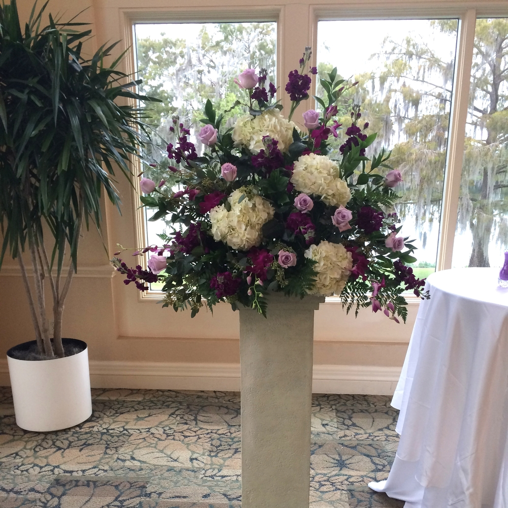 Portfolio in bloom florist weddings events for Jardines de harry p leu