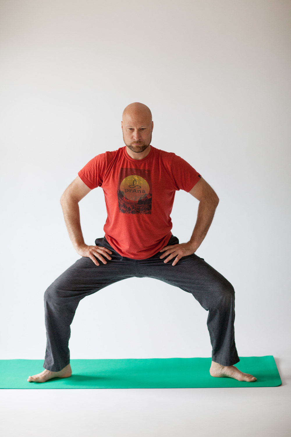 Saddle Standing Squat.jpg
