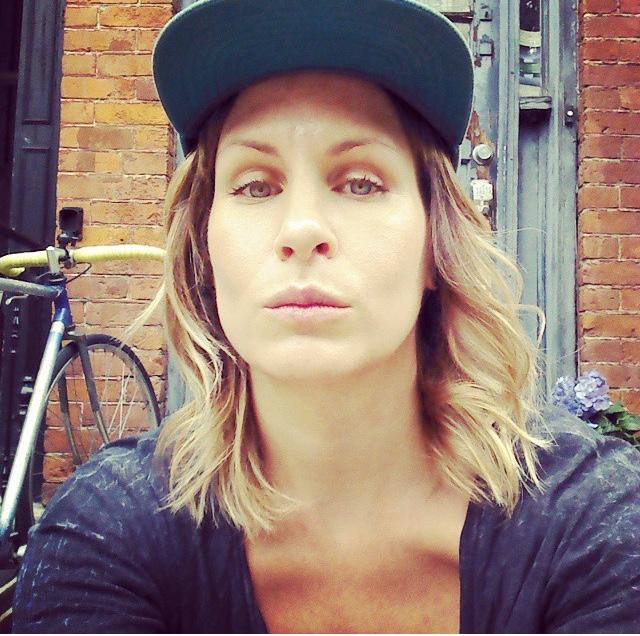 - Karen LindbaldHairstylist//Barber//Makeup artistToronto, Ontario