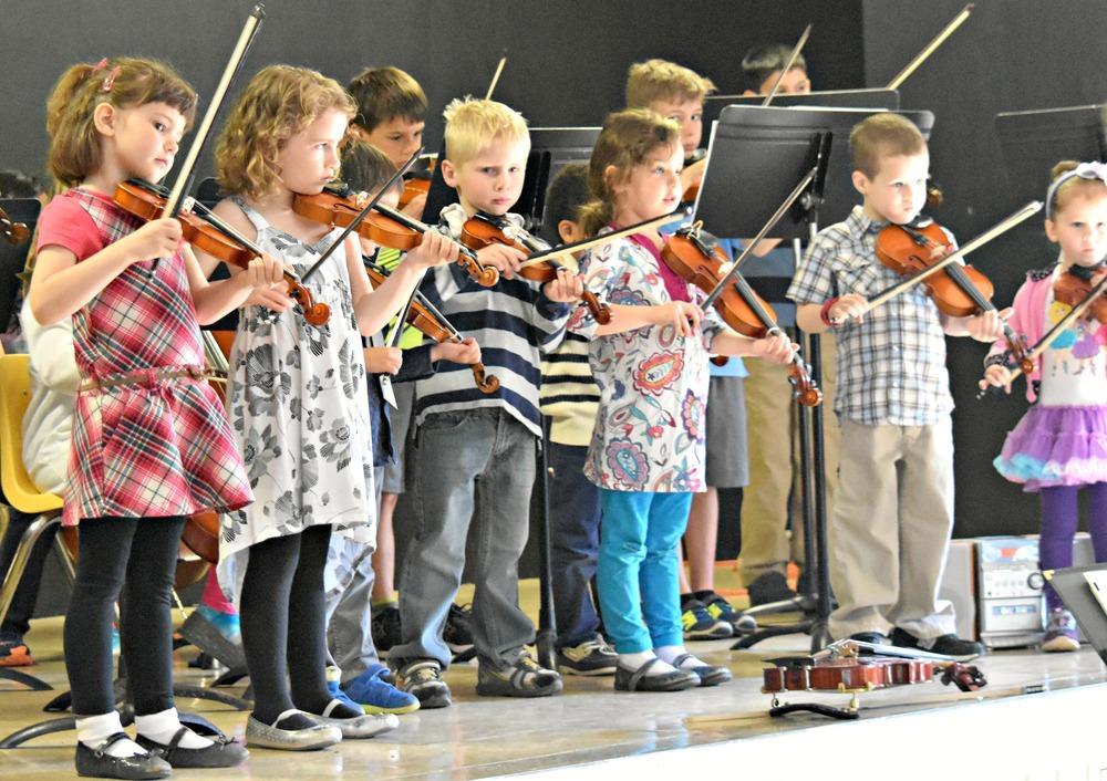 Montessori Academy Batavia Strings Enrichment
