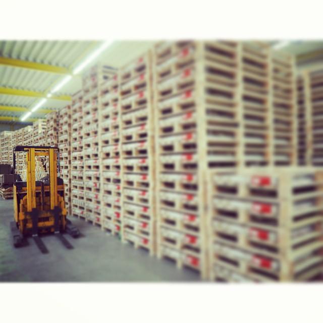 Bachmann Druck freut sich auf den Austausch mit Ihnen beim Besuch unserer Produktionsstätte. #Bachmann #BachmannDruck #Siebdruck #Digitaldruck #PointofSale #Druckdienstleister
