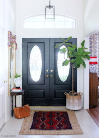 http://hisugarplum.com/2014/08/5-steps-to-fabulous-foyer.html#_a5y_p=2295368