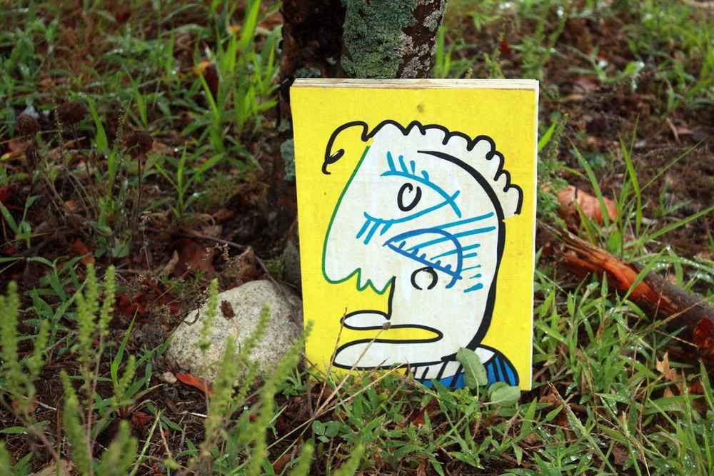 One of my free artworks... hiding in the grass!