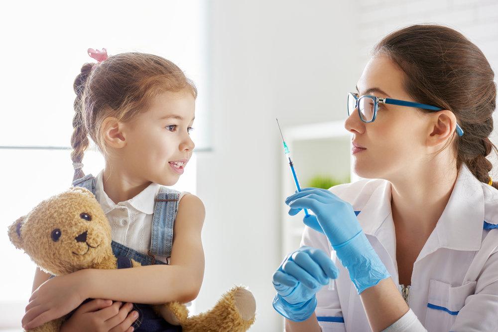 vaccination dreamstime_xxl_64433681.jpg