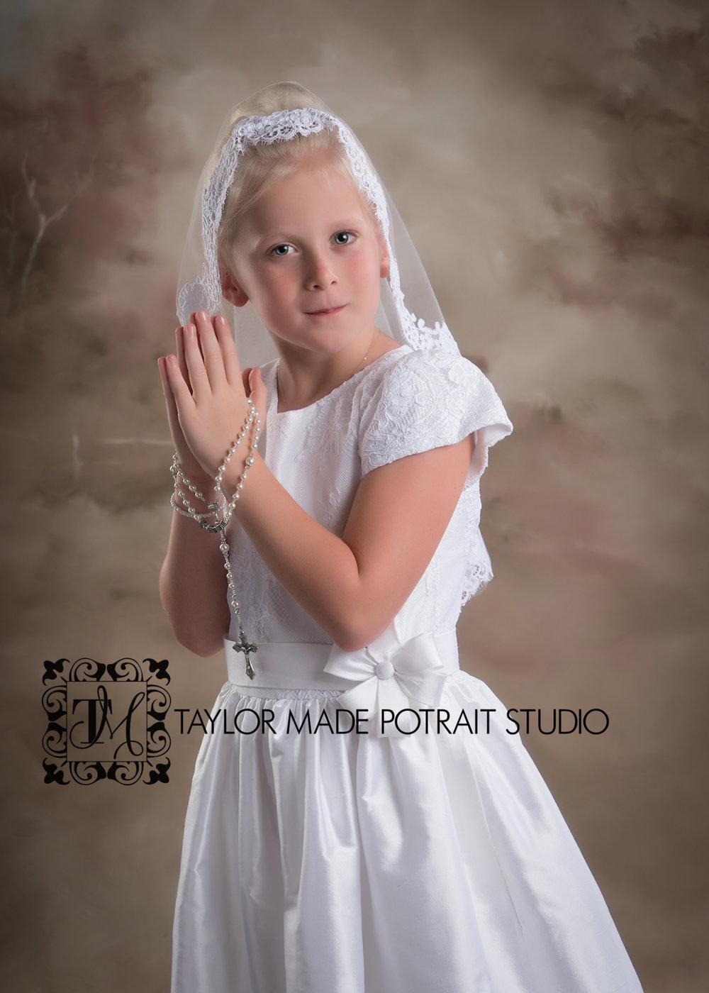 Round Rock First Communion Photographer.jpg