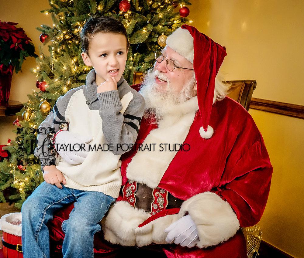 Santa_Portraits_Austin_Photographer.jpg