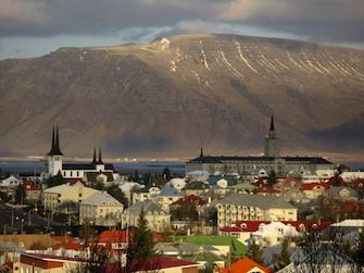 Iceland_Reykjavik_1.jpg