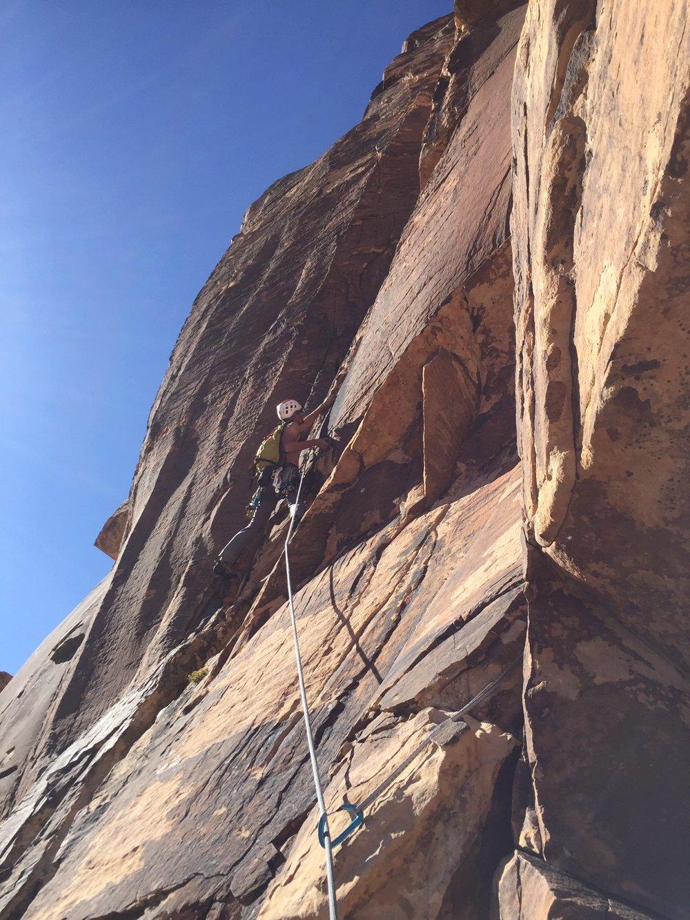 Red Rock Nevada 6 Alpine Climber Rock Climbing SAANO Adventures Trad Climbing Multi Pitch.JPG