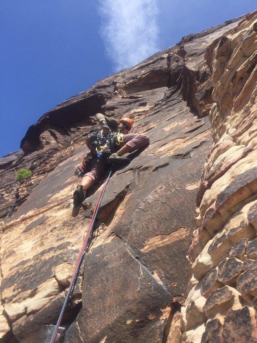 Red Rock Nevada Alpine Climber Rock Climbing SAANO Adventures Trad Climbing Multi Pitch.JPG
