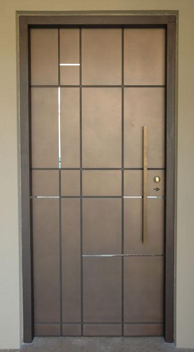 ss_bronze_door.jpg