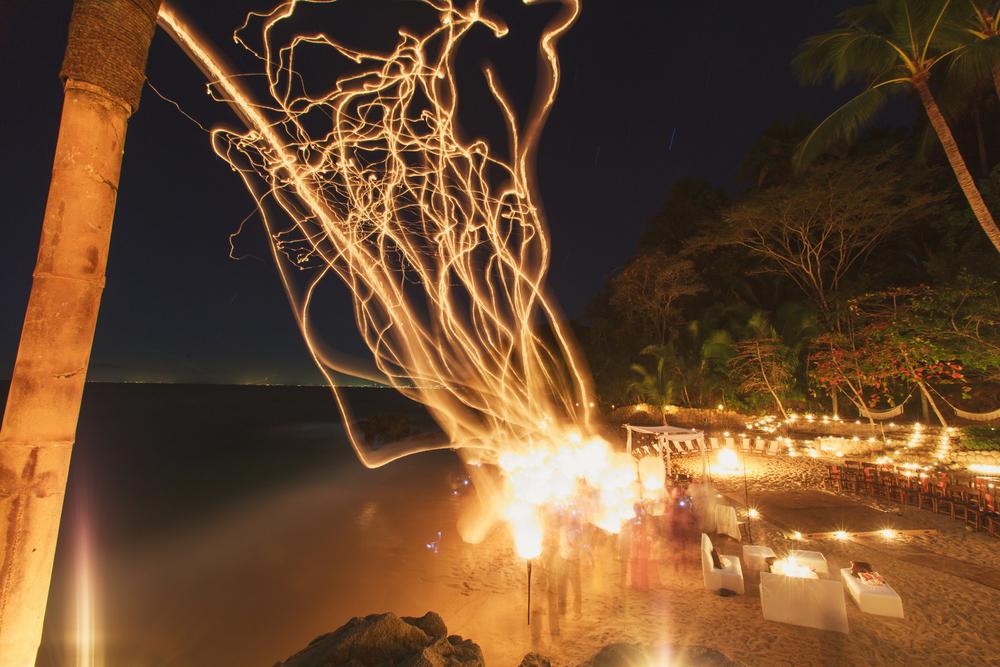 las-caletas-beach-sky-lantern