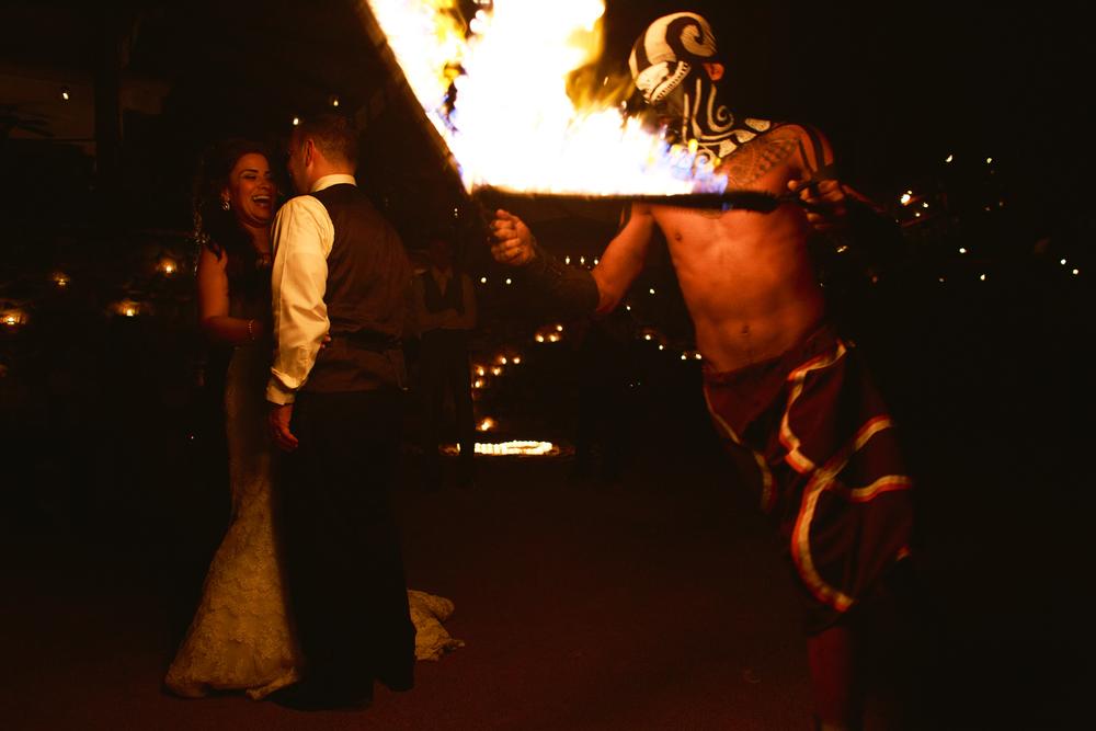 las-caletas-fire-dancers