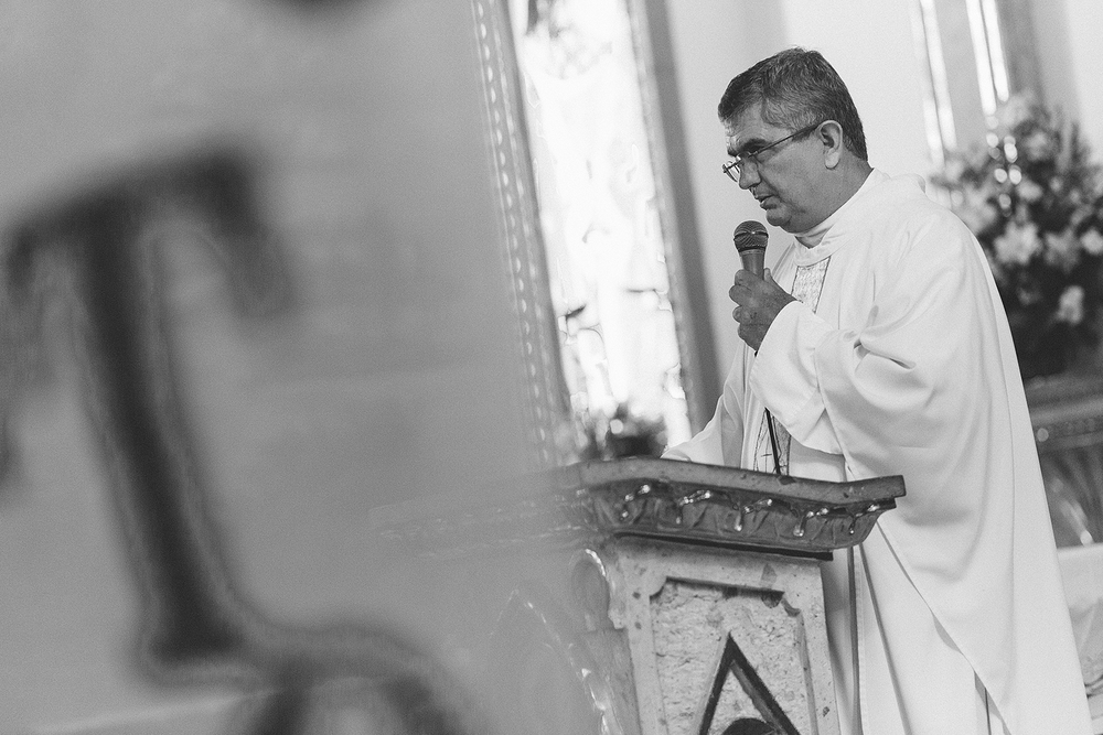 Retrato del padre en la Iglesia del Refugio, Puerto Vallarta