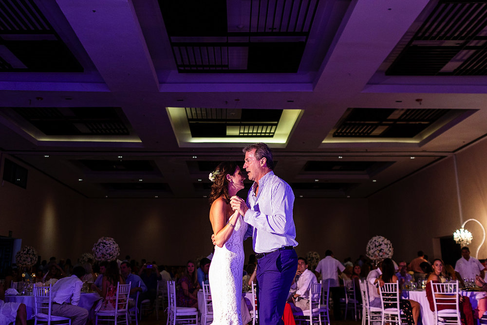 Father and daughter dance during wedding reception - Eder Acevedo cancun los cabos vallarta wedding photographer