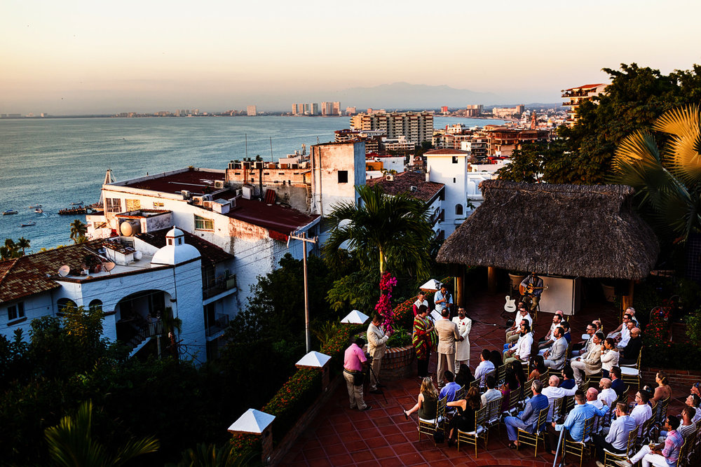 Overview of the wedding ceremony in relation to Puerto Vallarta city