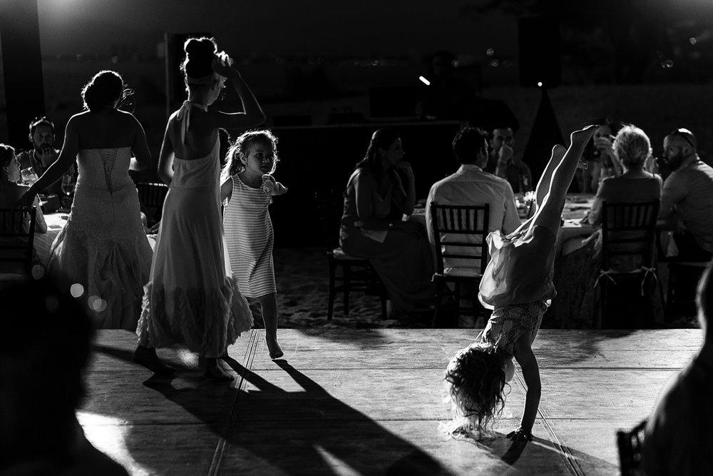girl-dance-upside-down