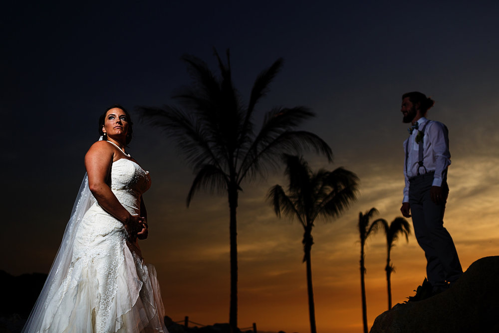 Groom-and-bride-portrait-sunset-palms