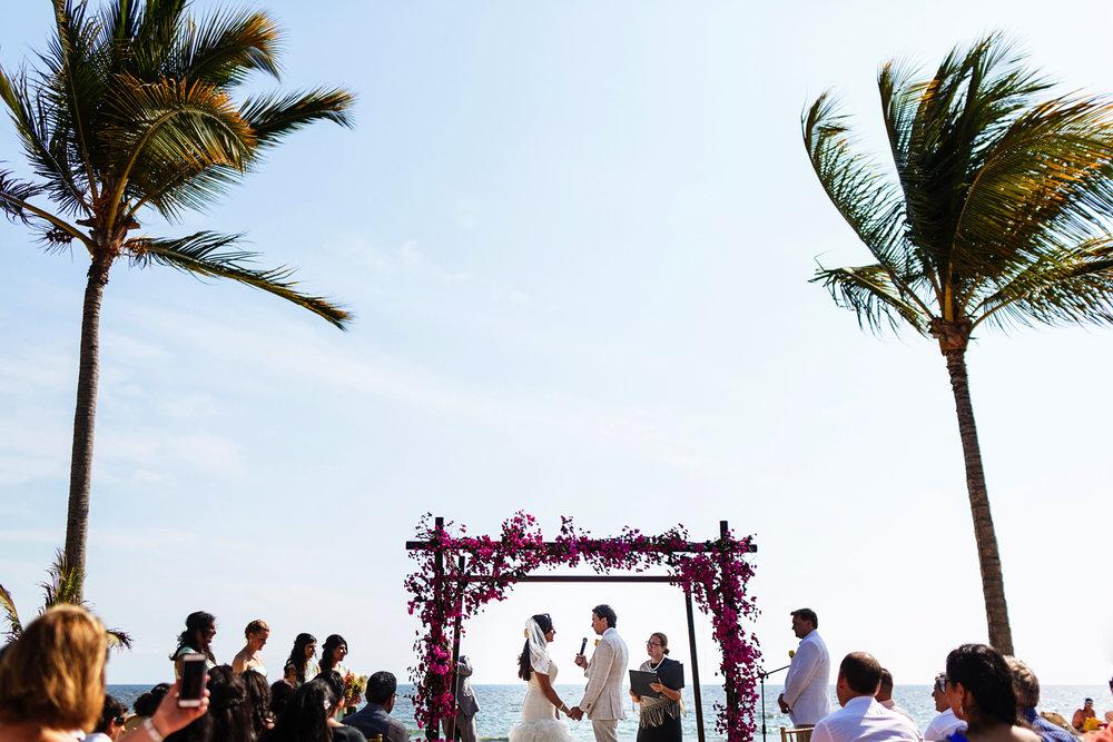 riu-palace-wedding-on-the-beach