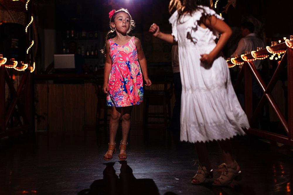 little-girl-jumps-dancefloor