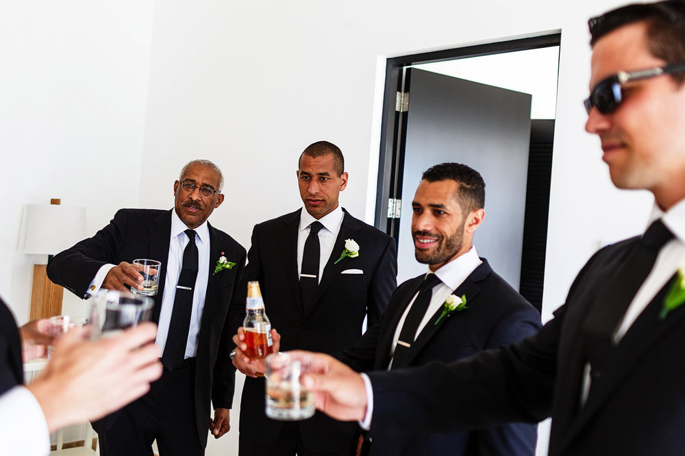 toast-before-ceremony-groomsmen