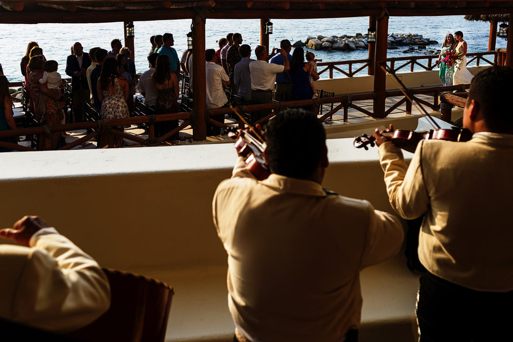 Entrance of bride with mariachi