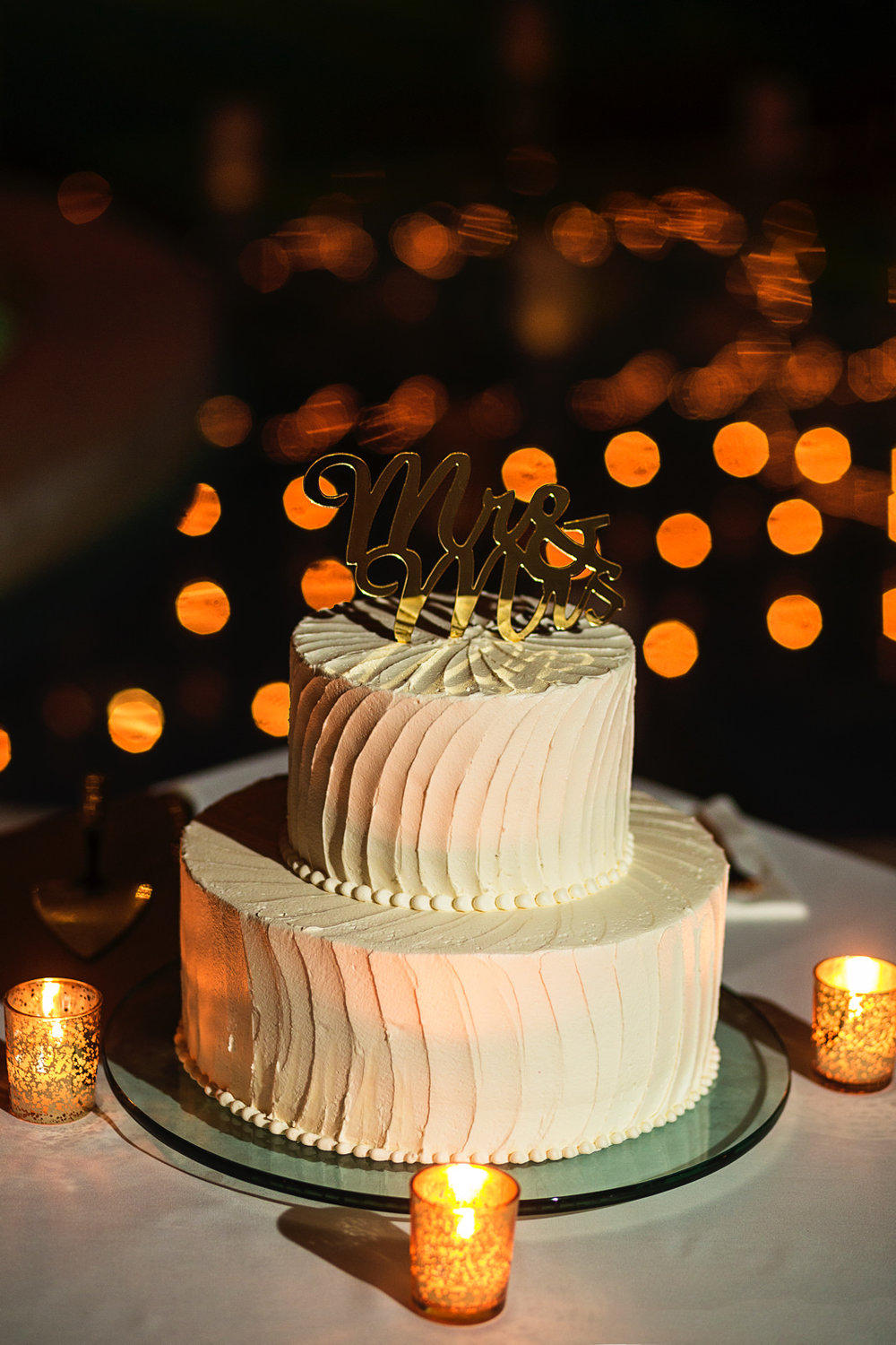 vallarta-wedding-cake-mr-mrs-topper-hotel-playa-fiesta.jpg