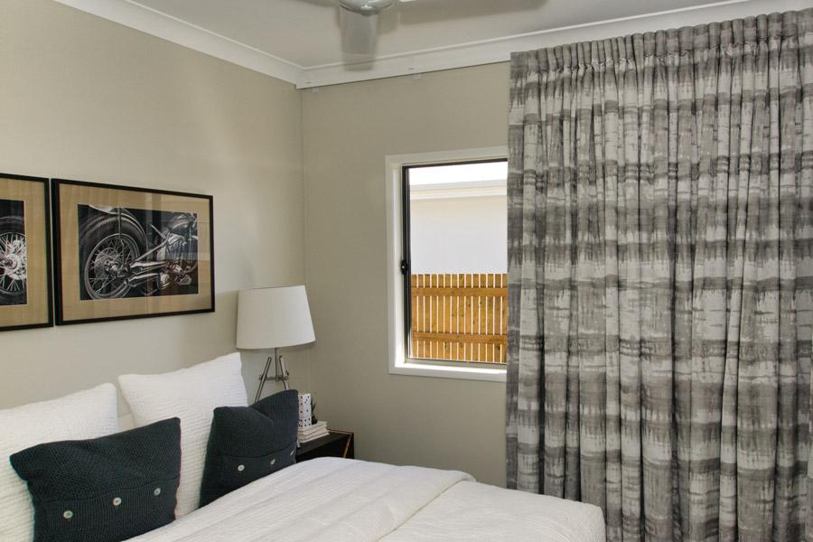 900-bed-2-DSC00472_edit.jpg