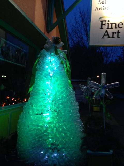 Our Christmas tree consists of hundreds of recycled water bottles. This wonderful creation was made patiently by Virginia Midgett, one of the artists at the gallery.