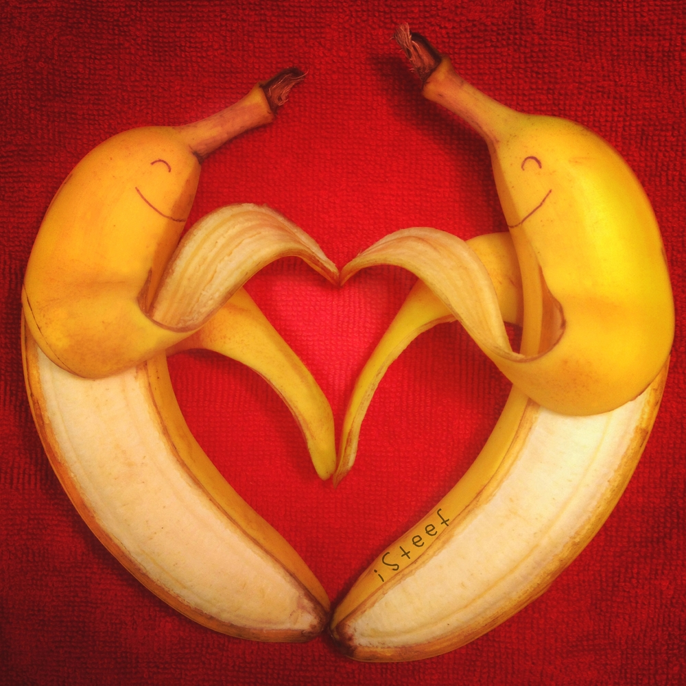 iSteef-banana-love+.jpg