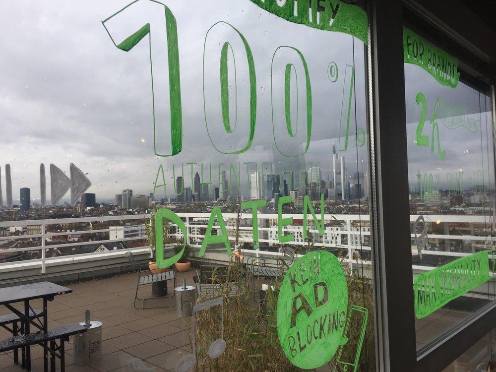 100% Window Art