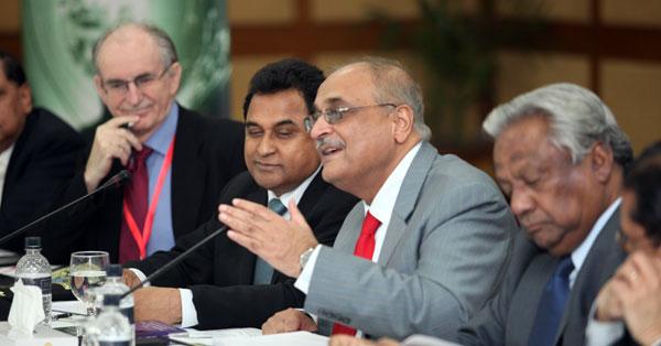 ©CPDDr Stephen Wiggins, Mr A H M Mustafa Kamal, Dr Debapriya Bhattacharya and Dr M Osman Farruk