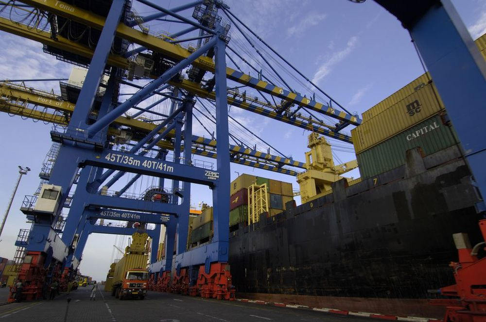 ©The Port at Tema, Ghana, Jonathan Ernst/World Bank