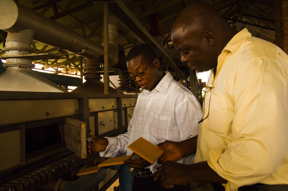 Inspection at at Ghanain tile factory © Arne Hoel/The World Bank
