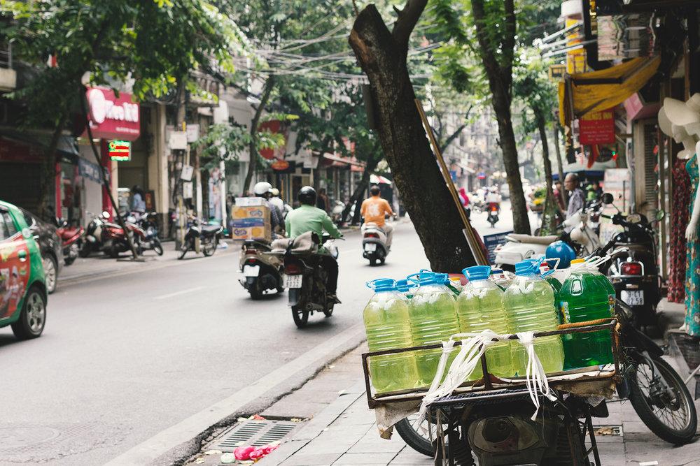En bensinstasjon i Hanoi!