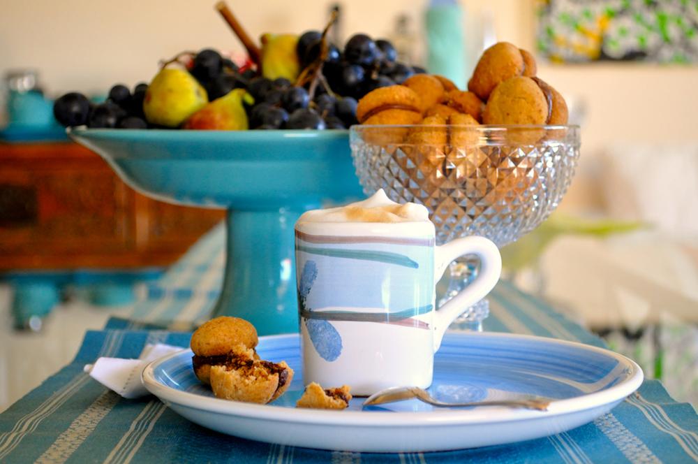 Biscottini nocciole cioccolato 2.jpg
