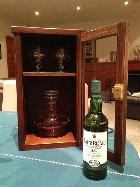 Whiskey-Cabinet_450_3.jpg