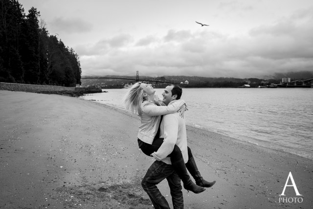 Vancouver Stanley Park Engagement Photography (13)