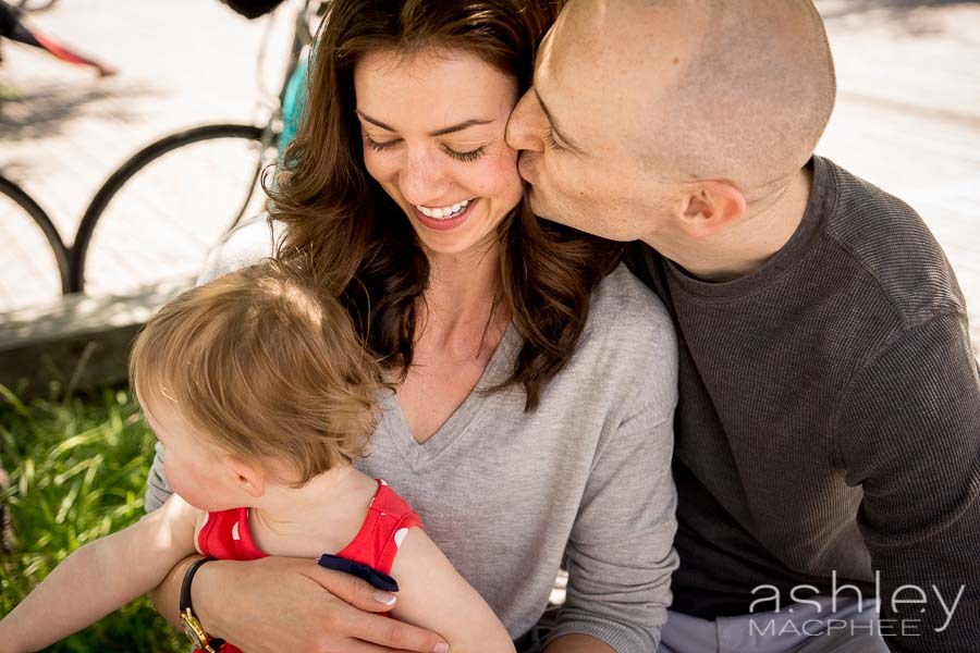 Ashley MacPhee Photography Atwater Market Family Portrait (10 of 17).jpg