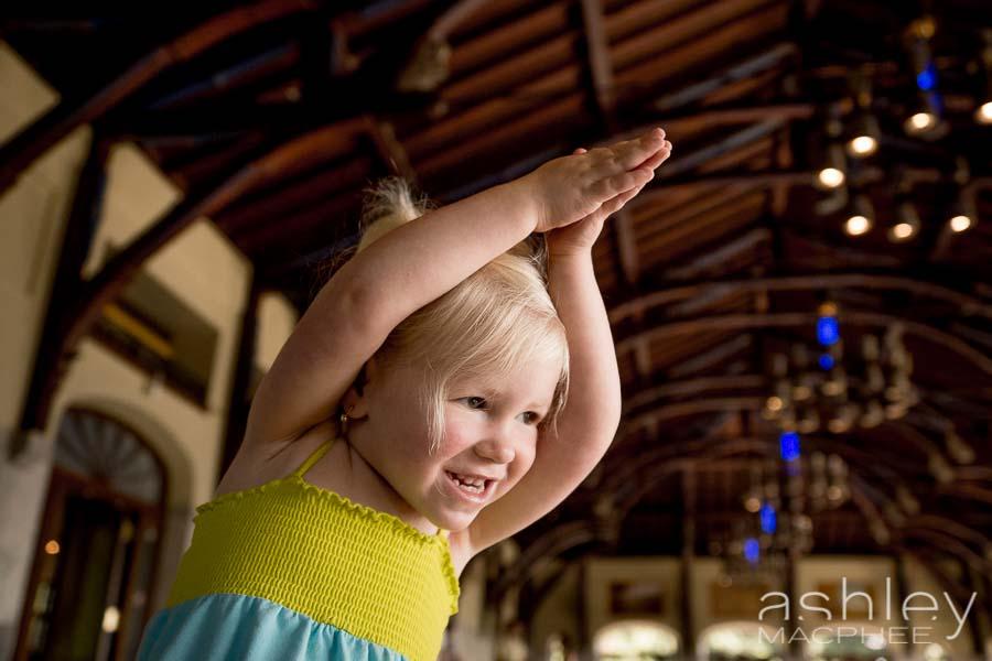 Ashley MacPhee Photography Mont Royal Family Photo Session (4 of 9).jpg