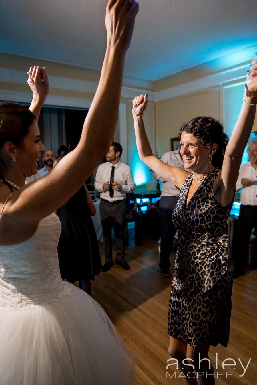 Ashley MacPhee Photography Montreal Wedding (10 of 11).jpg