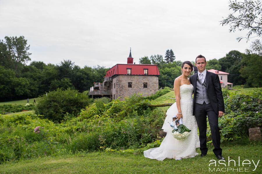 Ashley MacPhee Photography Au Vieux moulin Wedding Photographer (44 of 71).jpg